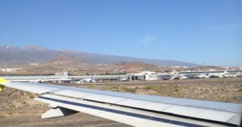 Ein Blick auf das Rollfeld des Flughafens Teneriffa Süd