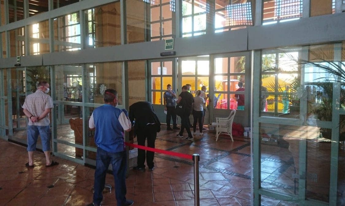 Corona-Virus Hotel Teneriffa Ausgang abgeriegelt