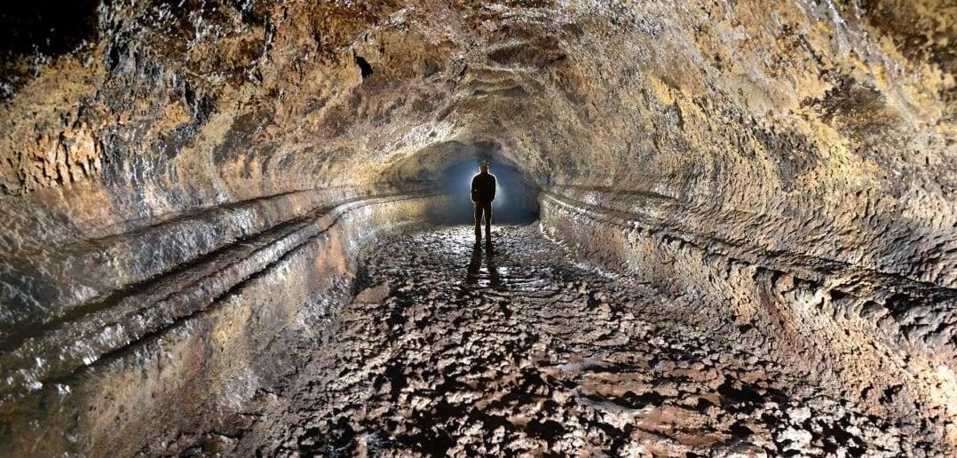 Lavahöhle Cueva del Viento Teneriffa Wassertropfen