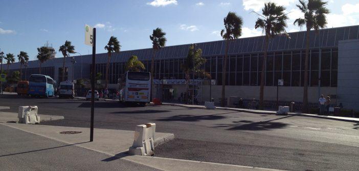 Flughafen Teneriffa Süd wenig Touristen