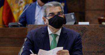 Kanaren Vizepräsident Román Rodríguez