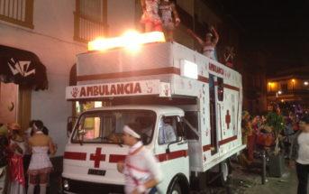 Karneval Teneriffa Ambulanz Krankenwagen