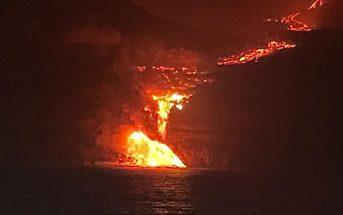 La Palma Vulkanausbruch Lava erreicht das Meer