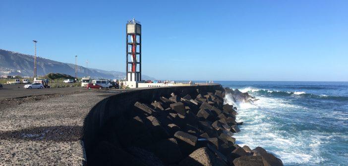 Mole Wellenbrecher Puerto de la Cruz Teneriffa