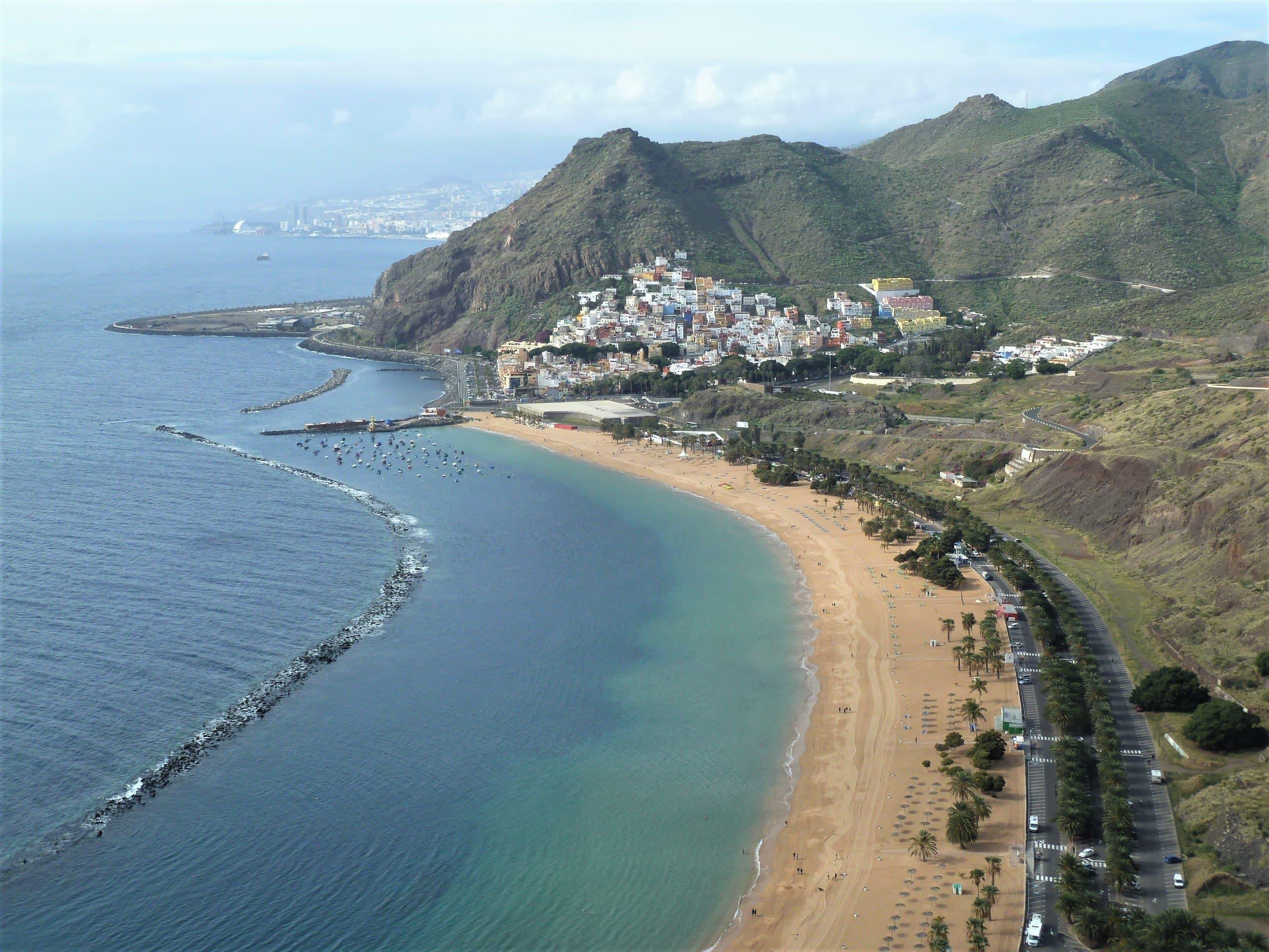 Der Strand de las Teresitas