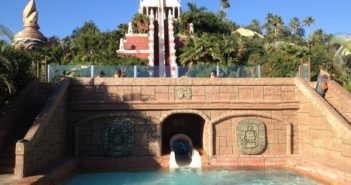 Siam Park Wasserrutsche Tower of Power