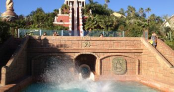 Siam Park Wasserrutsche Tower of Power Splash
