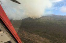 Waldbrand Teneriffa Luftbild Hubschrauber Feuerwehr